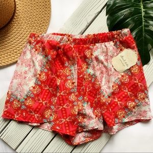 Altar'd State Shorts | Paisley Red/Pink/White Sz M
